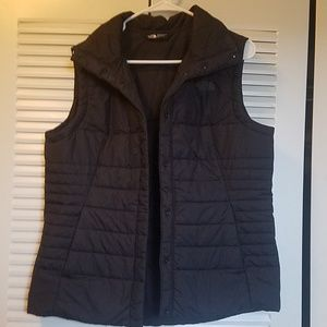 The North Face Brand Snap Close Puffer Vest Women